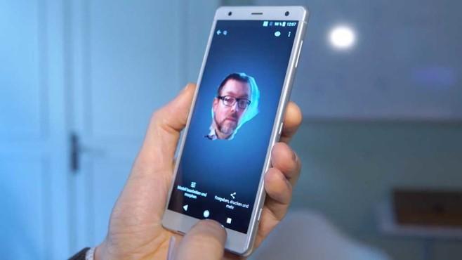 Sony Xperia XZ2 (Compact): 3D-Selfie©COMPUTER BILD