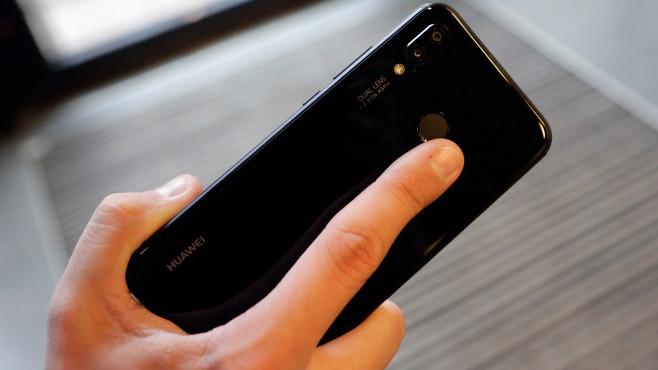 Huawei P20 Lite: Dual-Kamera und Hilfslinse©COMPUTER BILD