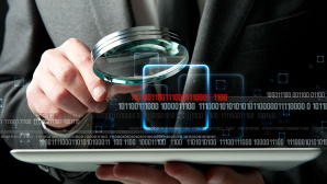 Viele Versicherungen haben ein Interesse an Ihren Online-Aktivit�ten.©iStock.com/alphaspirit