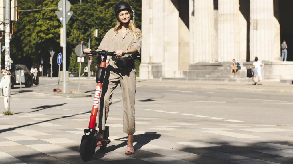 Jump: Uber startet E-Scooter-Verleih in Berlin
