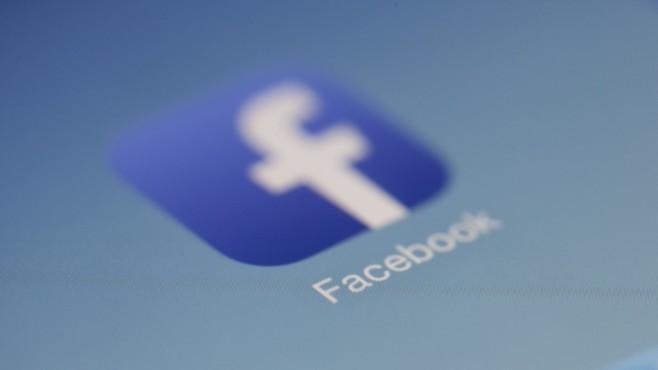 Facebook-Logo©pexels