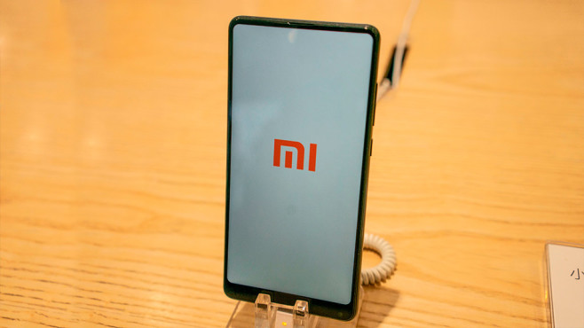 Xiaomi-Smartphone © FRED DUFOUR/gettyimages