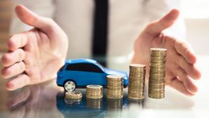 Turbokredit: Bis zu 35.000 Euro g�nstig leihen und schnell auszahlen lassen Schnell, unkompliziert: Ein Turbokredit finanziert etwa hohe Reparaturkosten am Auto.©iStock.com/AndreyPopov