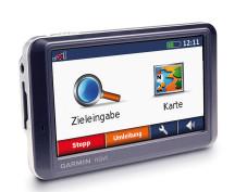 Garmin nüvi 700: Navigationssystem mit integriertem UKW-Sender Garmin nüvi 700