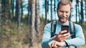 Mit ma�geschneiderten Routen auf dem Smartphone die ganz eigene Tour planen?©iStock.com/pixelfit
