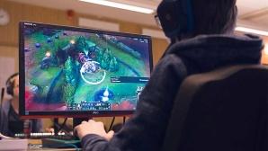 Videospiele am Computer spielen©IKEA