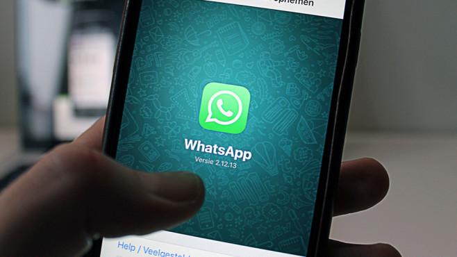 WhatsApp-Startbildschirm©Anton/pexels.com