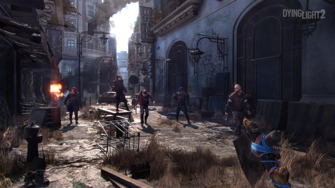 Dying Light 2: Fortsetzung zum Zombie-Hit kommt! Nicht nur Zombies erweisen sich als stete Gefahr, auch die vielen Gangs und Fraktionen in der Stadt schießen erst und fragen später.©Techland