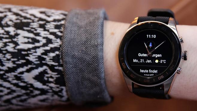 LG Watch W7: Zeiger verdecken Display-Anzeige©COMPUTER BILD