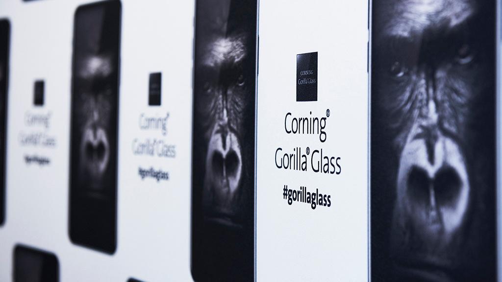 gorilla glass 6 doppelte st rke f r displays computer bild. Black Bedroom Furniture Sets. Home Design Ideas