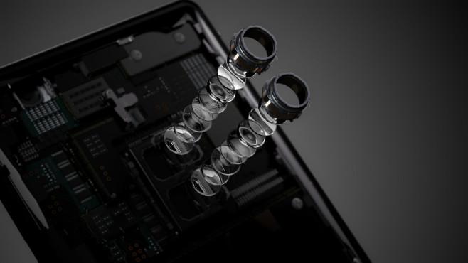 Sony Xperia XZ2©Sony