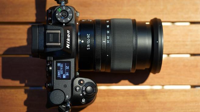 Nikon Z7 von oben©COMPUTER BILD