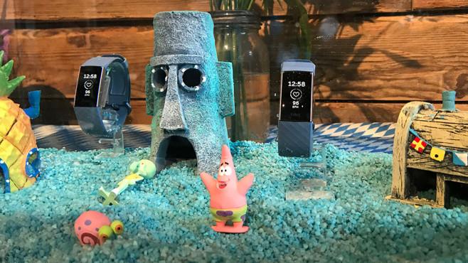 Fitbit Charge 3 unter Wasser©COMPUTER BILD