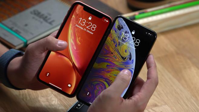 Apple iPhone XR vorbestellen: Praxis-Test, Preis, Release, Farben, Spec-Vergleich! Der Rahmen vom iPhone XR ist etwas dicker als beim iPhone XS Max.©COMPUTER BILD