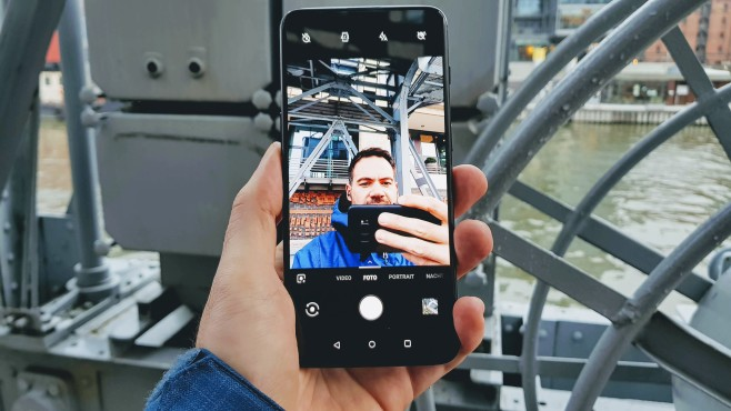 OnePlus 6T©COMPUTER BILD/Michael Huch