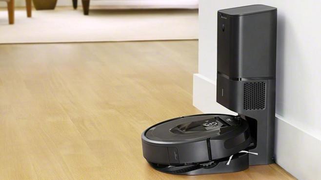 Roomba i7+©iRobot