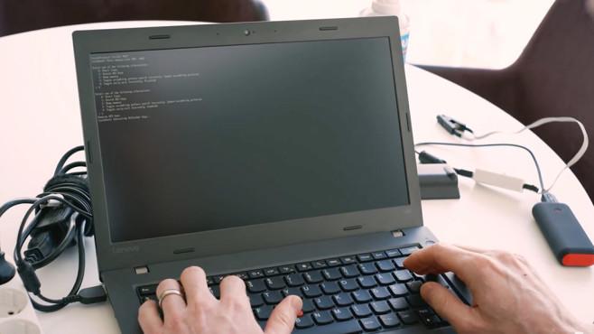 Neue Sicherheitslücke: Nahezu alle Laptops sind betroffen!©F-Secure/YouTube