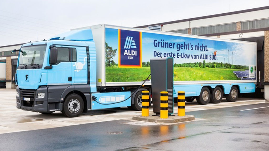 aldi bringt elektro lkw an den start computer bild. Black Bedroom Furniture Sets. Home Design Ideas
