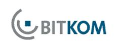 Bitkom: Hunderttausende Deutsche werden einer Studie zufolge in den kommenden fünf Jahren auf Fernsehen per Internet umsteigen.
