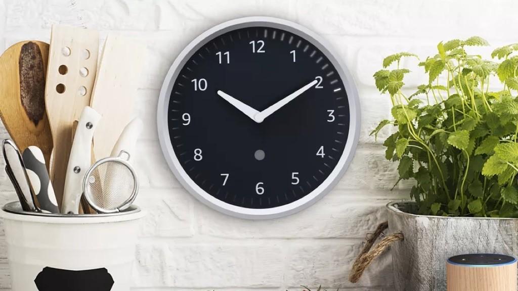 echo wall clock amazon stellt smarte k chenuhr vor computer bild. Black Bedroom Furniture Sets. Home Design Ideas