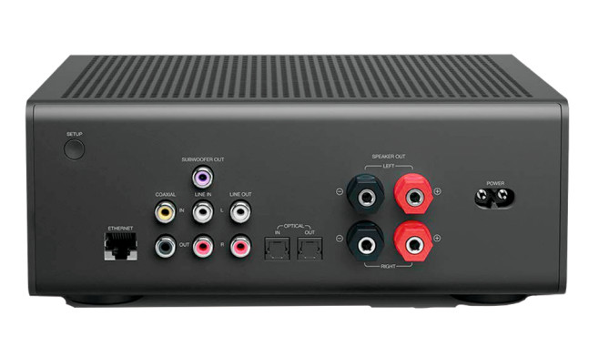 Amazon Echo Link Amp im Test: Stereo-Verstärker bringt Alexa auf Ihre Premium-Boxen! Amazon Echo Link Amp: Viele Anschlüsse sind auf der Rückseite.©Amazon