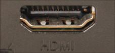 Fujitsu Siemens Amilo Xi 2528 Prima: Für den Anschluss von externen Bildschirmen hat das Amilo Xi 2528 neben der VGA- auch eine HDMI-Buchse.