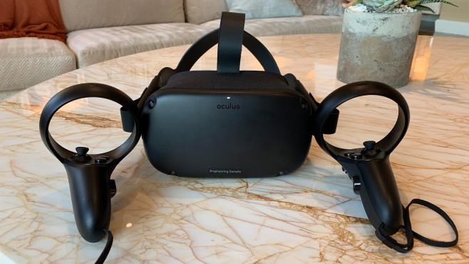 Oculus Quest: Praxis-Test, Infos, Details, Preis, Release Brille und zwei Touch-Controller: Um mit Oculus Quest spielen zu können, benötigen Sie keinerlei Zusatz-Hardware.©COMPUTER BILD