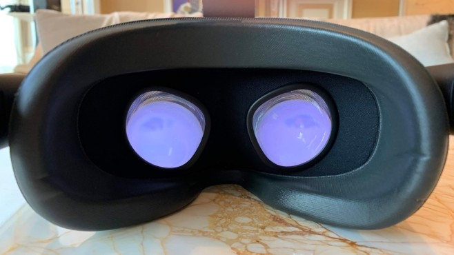 Oculus Quest: Praxis-Test, Infos, Details, Preis, Release Technisch hat sich – außer einem etwas schnelleren Prozessor – nicht viel im Vergleich zur Oculus Go getan.©COMPUTER BILD