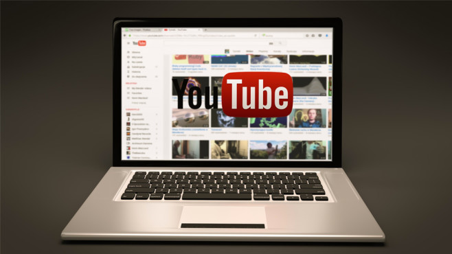 YouTube auf Laptop©TymonOziemblewski/pixabay.com