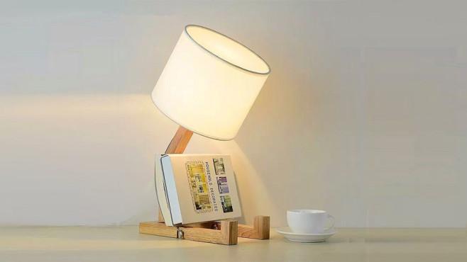 l sst die birne h ngen ber diese lampe lacht das netz computer bild. Black Bedroom Furniture Sets. Home Design Ideas
