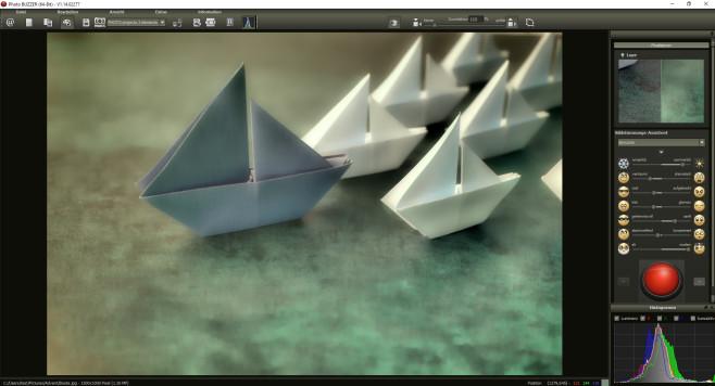 Modellschiffe ©iStock.com_ThitareeSarmkasat