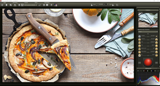 Pizza ©iStock.com_los_angela