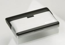 Der Sprachcomputer Attaché von Hexaglot wird in einem stabilen Gehäuse geliefert.