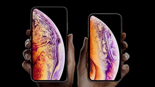 iPhone XS©Apple