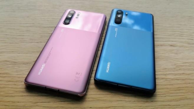 Huawei P30 Pro: Test, Preis, Farben, Release, kaufen, technische Daten Zur IFA 2019 stellte Huawei kein neues Smartphone vor. Dafür präsentiert man das Top-Modell P30 Pro in den neuen Farben©COMPUTER BILD / Michael Huch