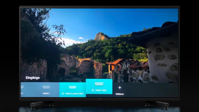 Sony KD-85ZG9 im Test: Dieser Fernseher ist der helle Wahnsinn! Über einen seiner vier HDMI-Eingänge akzeptiert der Sony ZG9 auch 8K-Videos, der Bildeindruck damit ist atemberaubend. Wo allerdings 8K-Videos herkommen sollen, ist völlig offen.©COMPUTER BILD