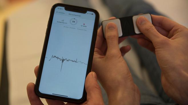 EKG-Geräte-Test©COMPUTER BILD / Alena Zielinski