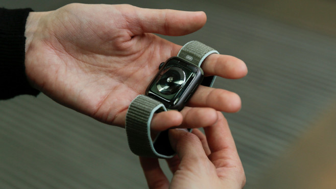 Apple Watch 5 Rückseite©COMPUTER BILD