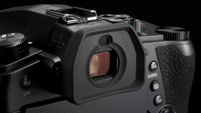Panasonic Lumix FZ1000 II©Panasonic