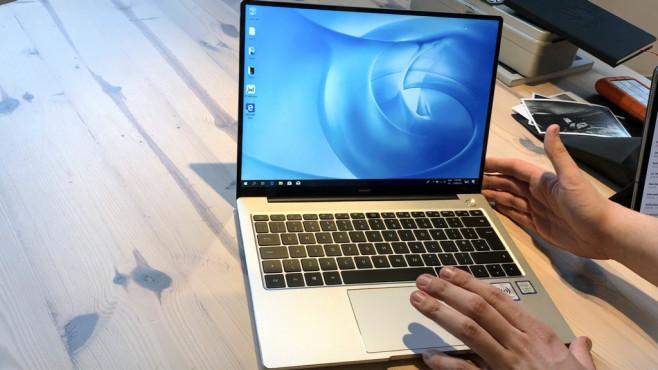 Huawei MateBook 14: Praxis-Test, Preis, Release, kaufen, technische Date Starker Bildschirm: Das 2K-Display überzeugt im Praxis-Test und bietet in Deutschland sogar einen Touchscreen.©COMPUTER BILD