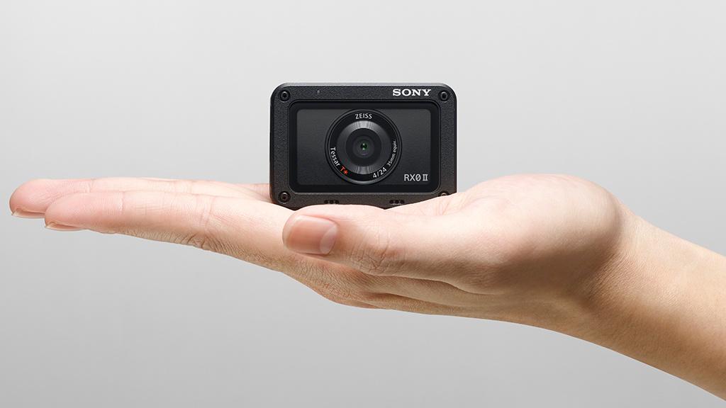 sony cyber shot rx0 ii action cam mit gro em sensor. Black Bedroom Furniture Sets. Home Design Ideas