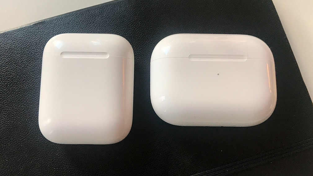 Apple Airpods vs. Airpods Pro