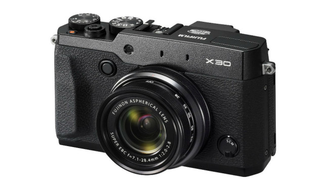 Fujifilm X30 (Altes Testverfahren bis 2015) ©Fujifilm