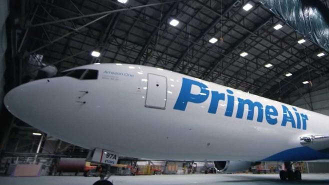 Amazon: Flugzeug©Amazon / youtube.com