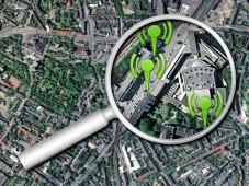 Hotspots finden: Internet-Datenbanken, Software und Hardware-Zubehör finden kabellose Netzzugänge.