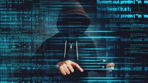 Hacker vor Schadecode©istock/stevanovicigor