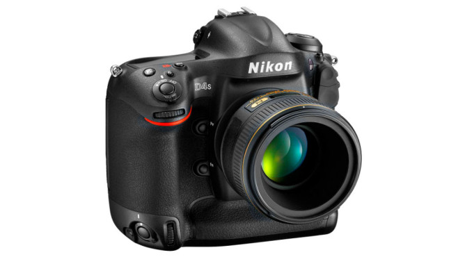 Nikon D4S (Altes Testverfahren bis 2015) ©Nikon