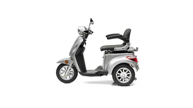 Aldi-Süd-Angebot: Elektro-Roller von Nova Motors Das Elektro-Mobil Bendi kommt mit drei Rädern und einem tiefen Einstieg.©Aldi