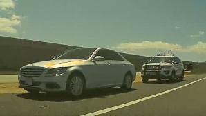 Tesla vs. Mercedes: YouTube©YouTube.com