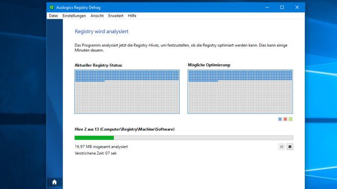 Registry defragmentieren bei SSD: Sinnvoll, schädlich? Analyse der Registry samt Fortschrittsanzeige.©COMPUTER BILD